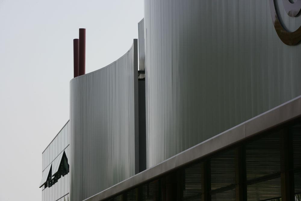 realizzazione-facciate-continue-acciaio-cadore-7