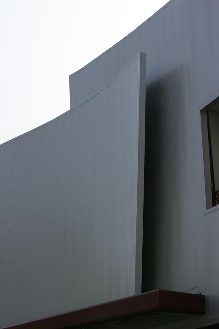 realizzazione-facciate-continue-acciaio-cadore-8